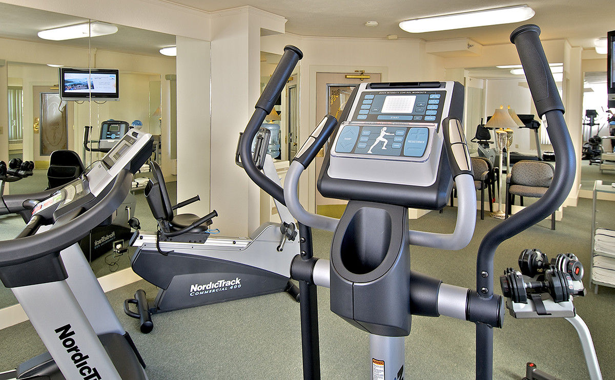 anchorage hotels on-site gym