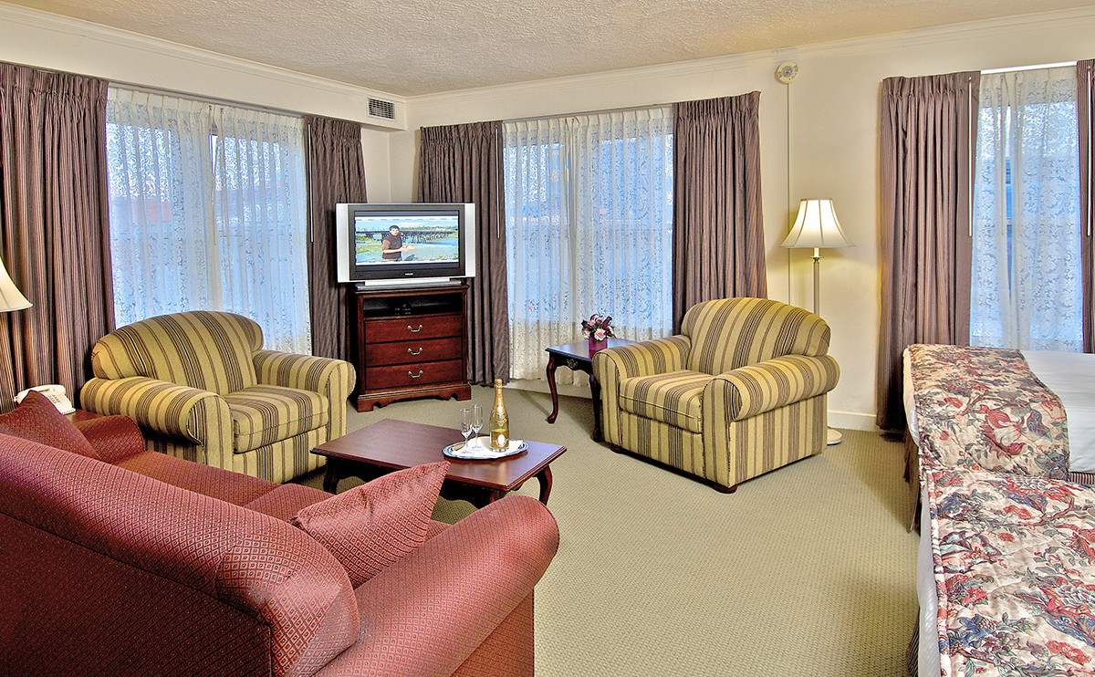 a suite at anchorage